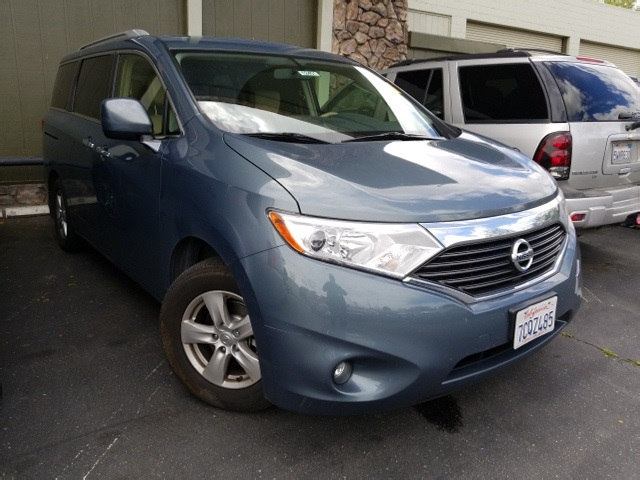 Photo 2013 Nissan Quest 3.5 SV w Leather
