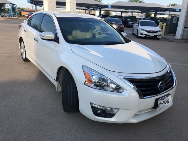 Photo 2013 Nissan Altima 3.5 SV For Sale Near Fort Worth TX  DFW Used Car Dealer