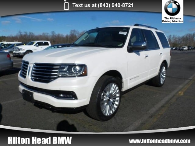 Photo 2015 Lincoln Navigator 2WD  Balance of Factory Warranty  One Owner  Na SUV 4x2