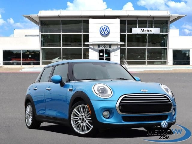 Photo 2015 MINI Cooper Countryman Tech Hatchback in Irving, TX