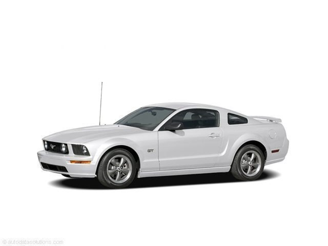 Photo Used 2007 Ford Mustang GT Premium Coupe Near Indianapolis