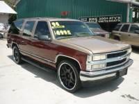 1994 Chevrolet Suburban 24 inch wheels C1500 2WD 3rd row seating