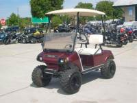 1980 Club Car Golf Cart Lifted Electric with charger and good batteries ve