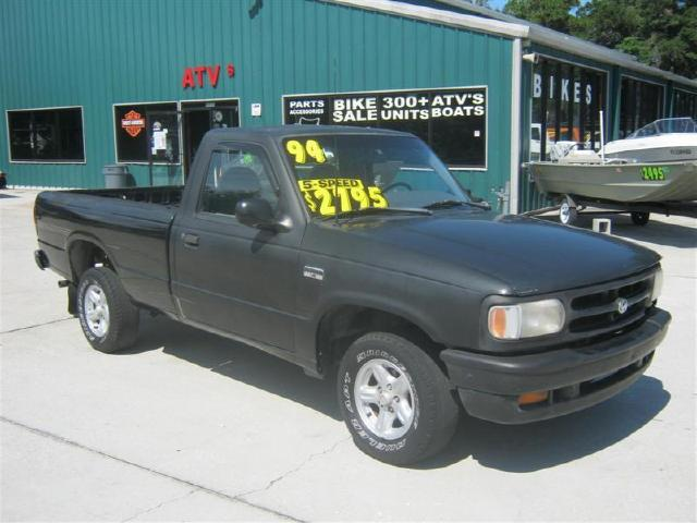 Photo 1994 Mazda B-Series Pickup Cheap and economical B3000 SE Reg. Cab Short Bed 2