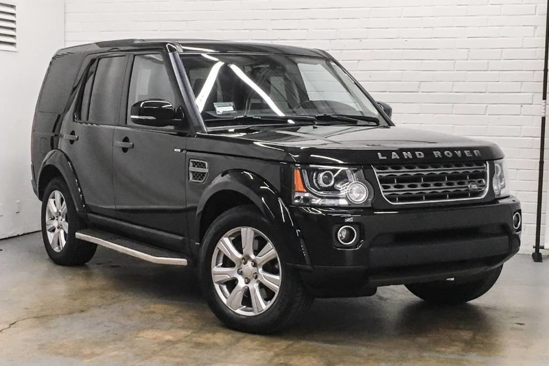 Photo Certified Pre-Owned 2015 Land Rover LR4 HSE Four Wheel Drive 4 Door SUV