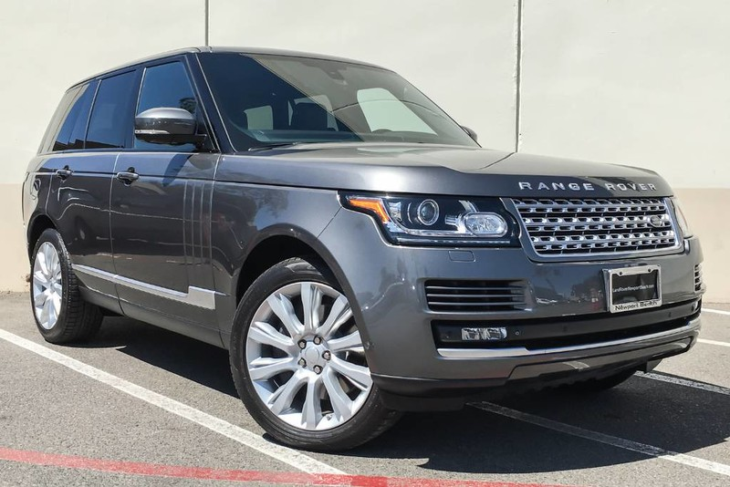 Photo Certified Pre-Owned 2015 Land Rover Range Rover Supercharged Four Wheel Drive 4 Door SUV