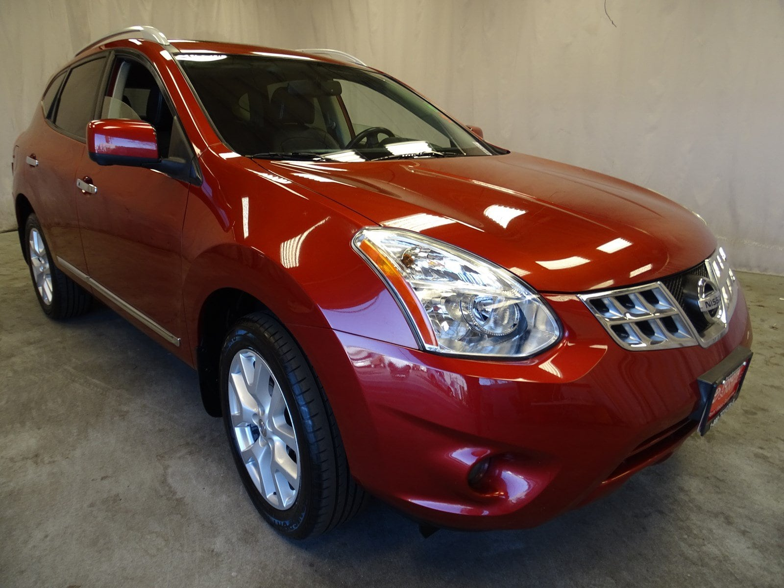 Photo Used 2012 Nissan Rogue SV wSL Pkg CVT For Sale in Sunnyvale, CA