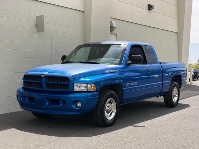 Photo Used 1999 Dodge Ram 1500 ST For Sale