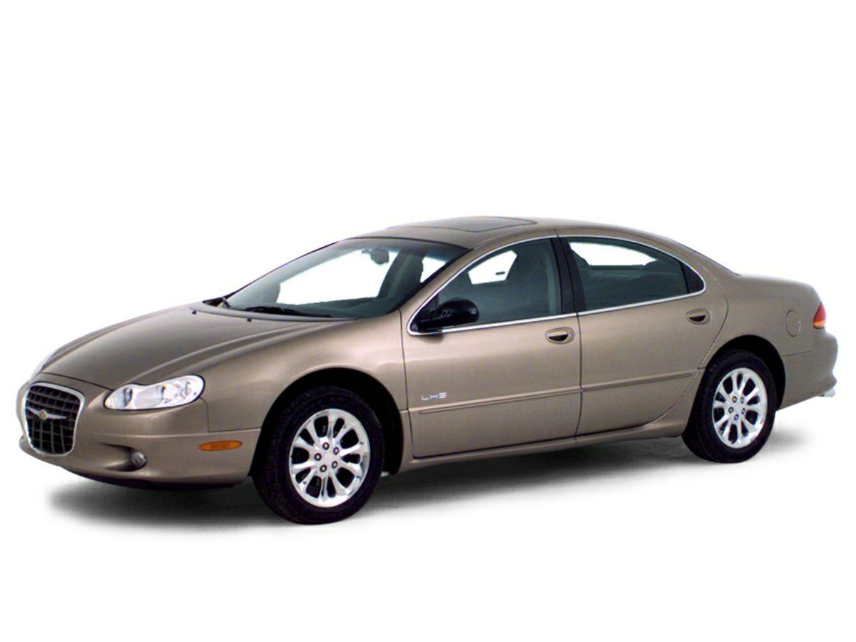 Photo Pre-Owned 2000 Chrysler LHS Base FWD 4D Sedan
