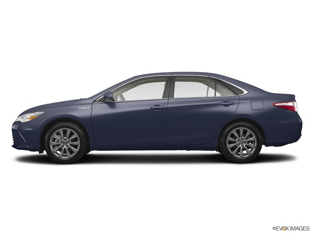 Photo Used 2017 Toyota Camry Hybrid XLE in Sterling, VA