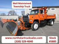 Used 1994 Ford L-8000 Plow Dump Truck