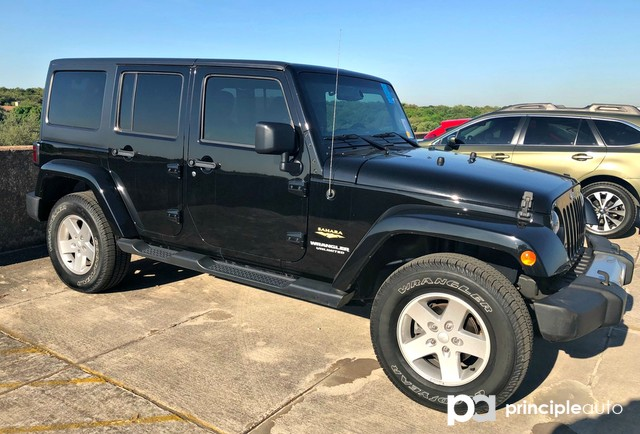 Photo Used 2015 Jeep Wrangler Unlimited Wrangler X, Manual Transmission, Hard Top, Navigat SUV For Sale San Antonio, TX