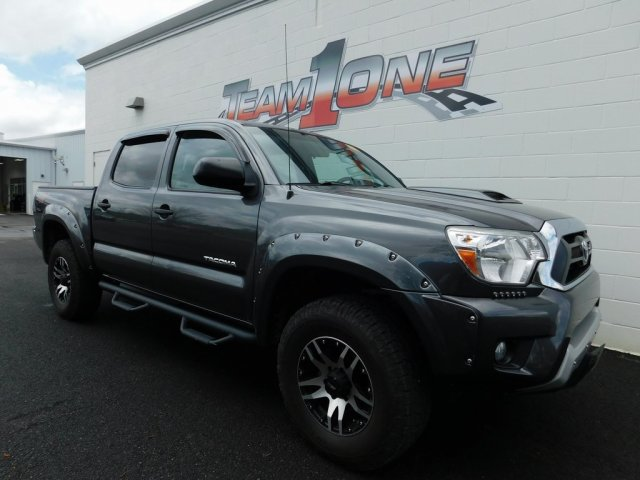 Photo Certified 2014 Toyota Tacoma 2WD Double Cab Short Bed V6 Automatic PreRunner