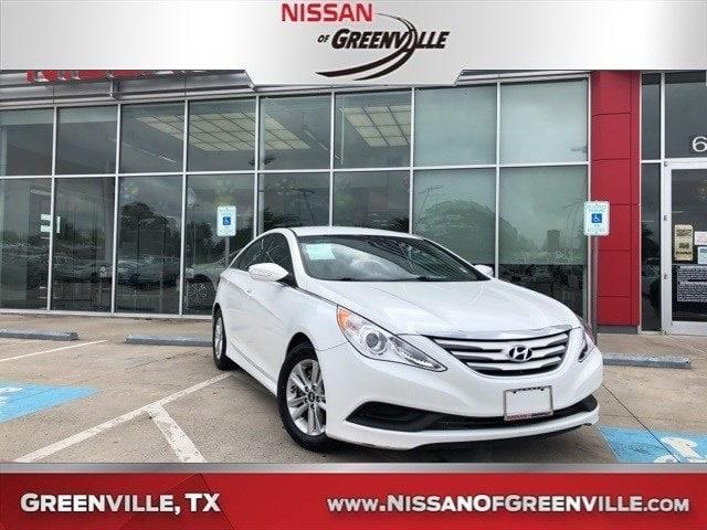 Photo Used 2014 Hyundai Sonata GLS Sedan for Sale in Greenville, TX
