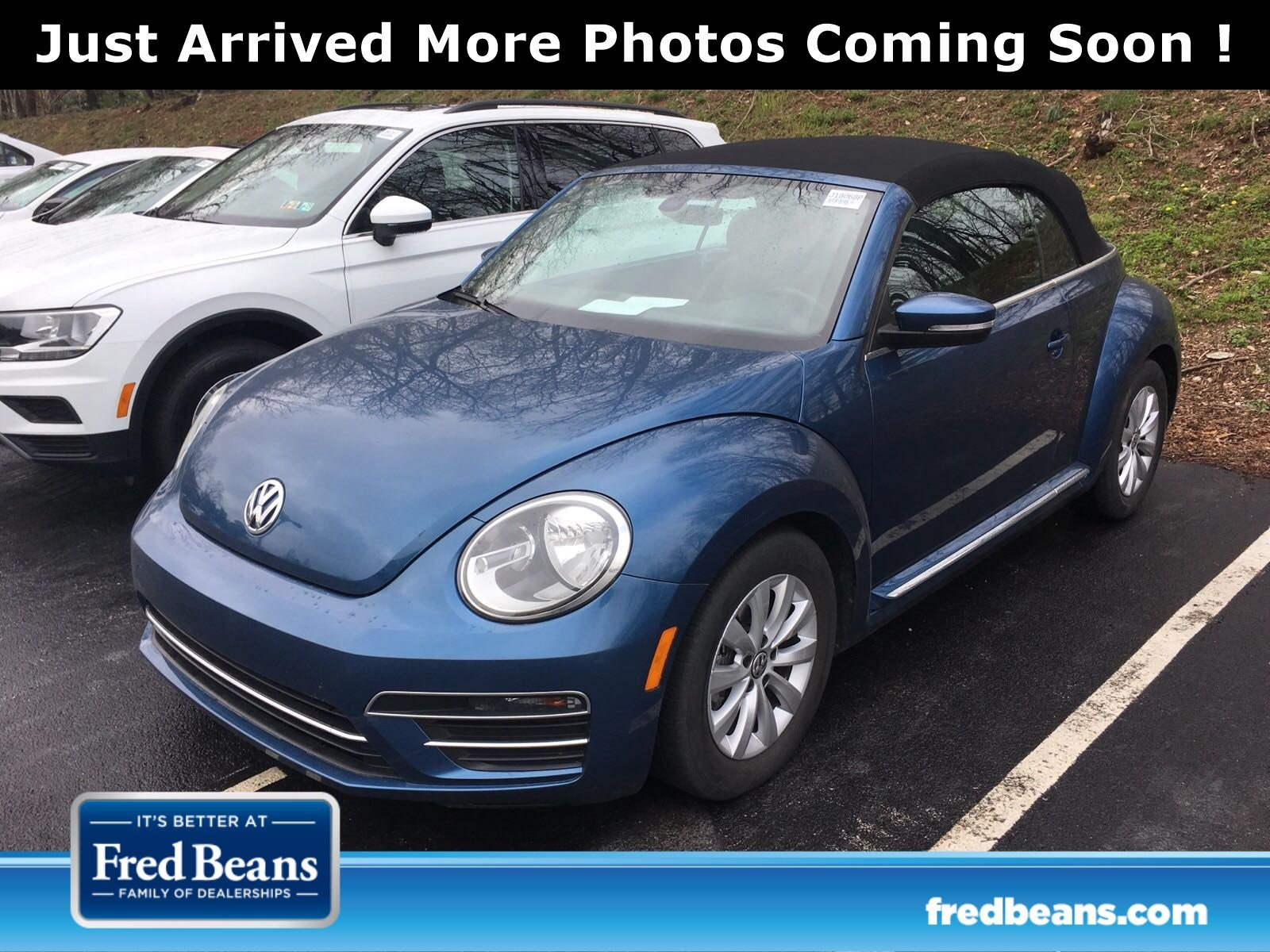 Photo Used 2017 Volkswagen Beetle For Sale  Devon PA
