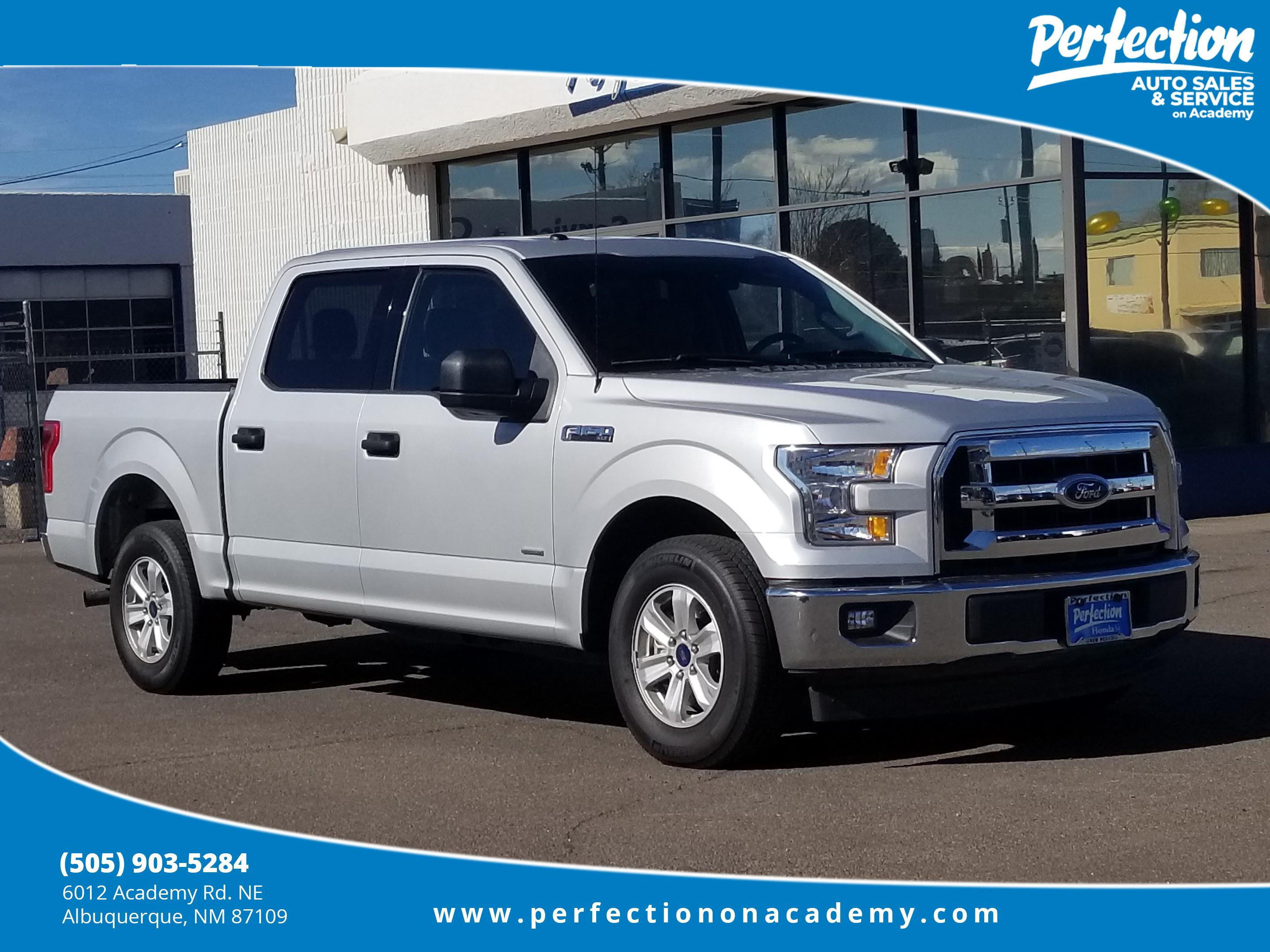Photo Pre-Owned 2017 Ford F-150 XLT 3.5 ECOBOOST RWD Crew Cab Pickup