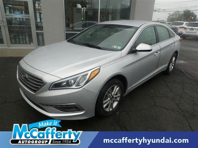 Photo Used 2015 Hyundai Sonata For Sale  Langhorne PA - P73026 5NPE24AF5FH180095
