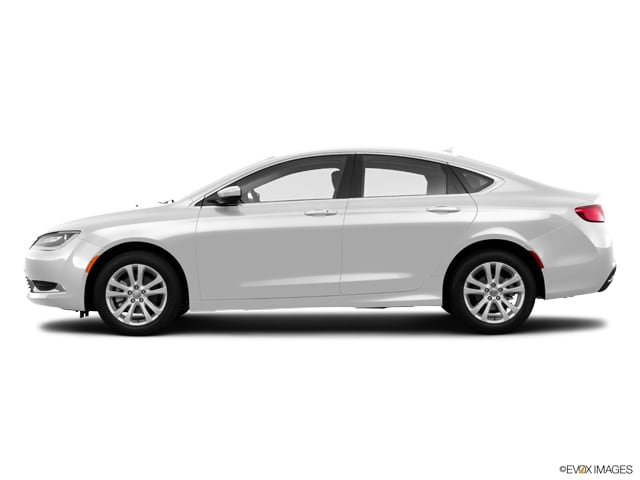 Photo Used 2016 Chrysler 200 Limited 4dr Sdn FWD Sedan in Greenville, SC