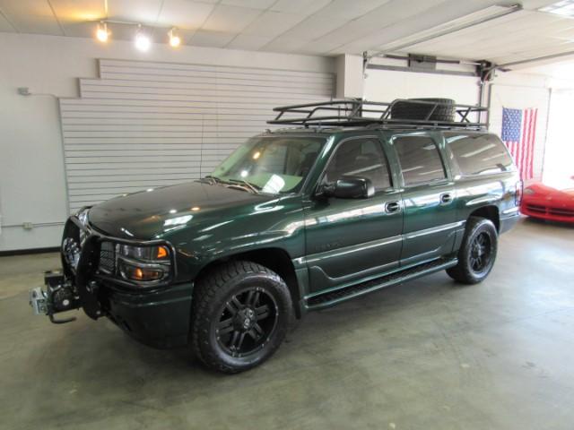 Photo 2004 GMC Yukon Denali XL