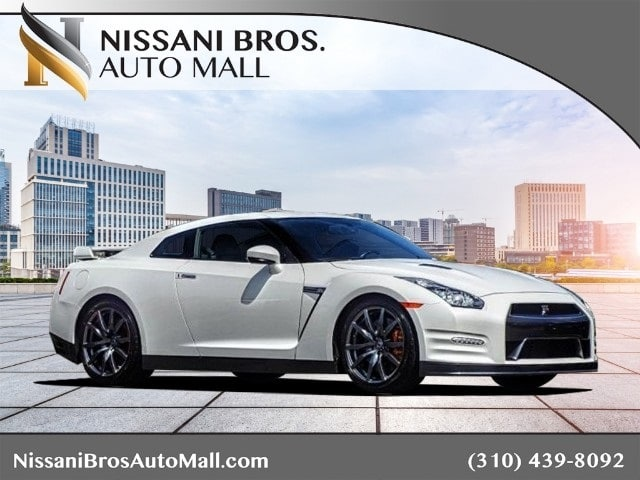Photo 2013 Nissan GT-R Coupe