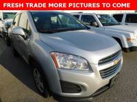 PRE-OWNED 2015 CHEVROLET TRAX LS FWD 4D SPORT UTILITY