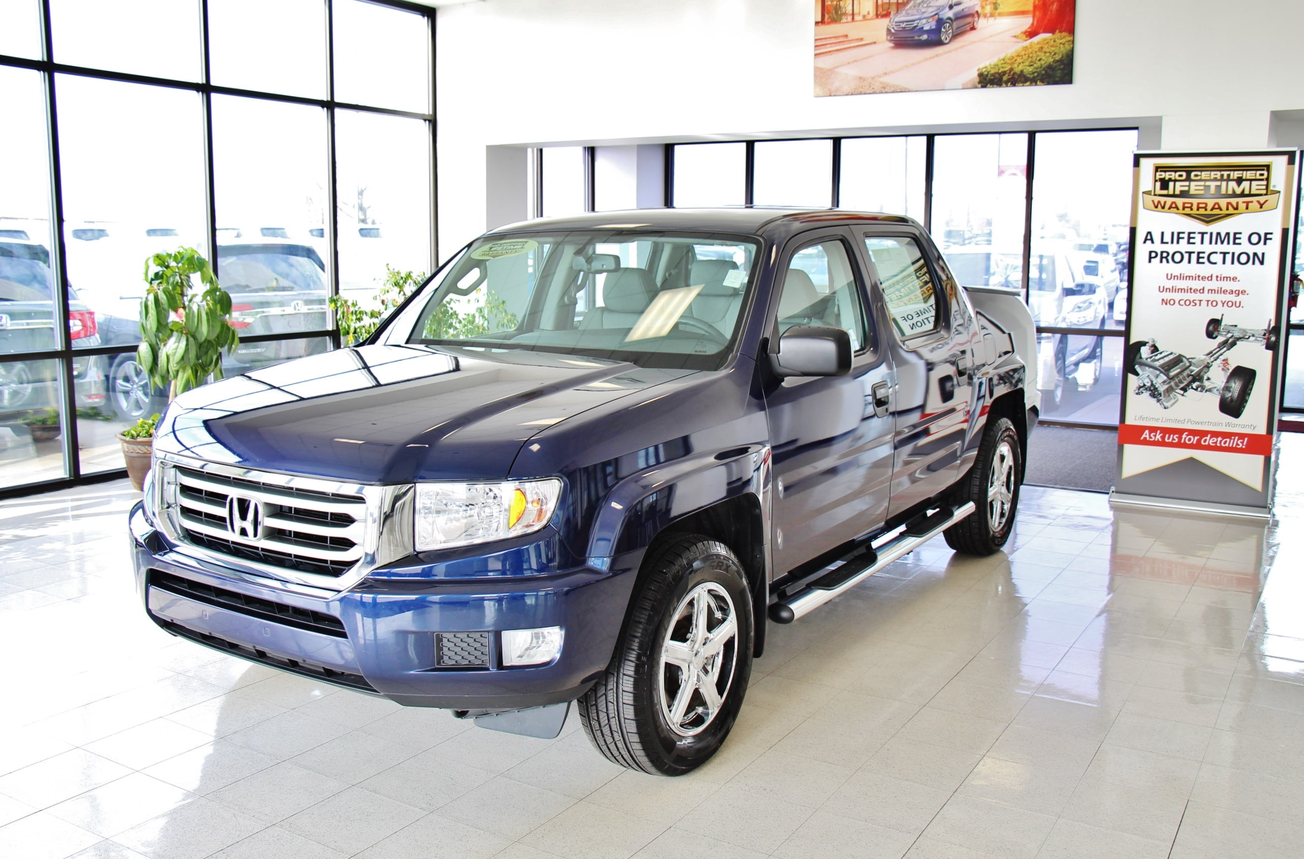 Photo 2013 Honda Ridgeline RT Truck Crew Cab 4x4