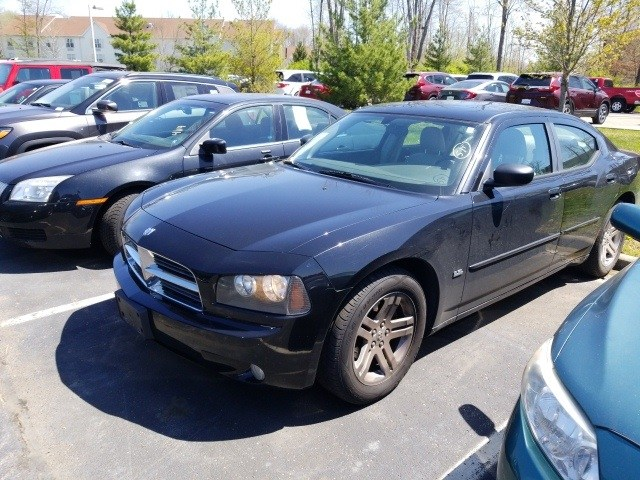 Photo Used 2006 Dodge Charger SXT in Cincinnati, OH