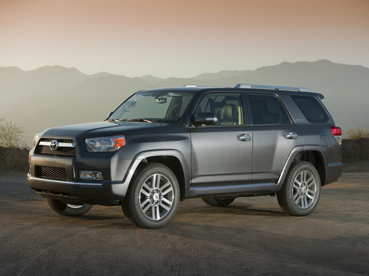 Photo Pre-Owned 2010 Toyota 4Runner in Little RockNorth Little Rock AR