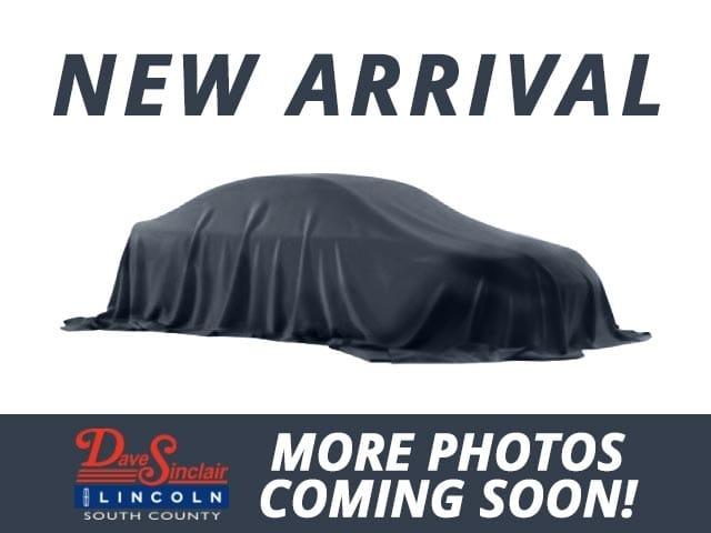 Photo 1997 Lincoln Town Car Signature Sedan