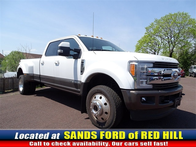 Photo Used 2017 Ford F-450SD King Ranch Truck Power Stroke V8 DI 32V OHV Turbodiesel in Red Hill, PA