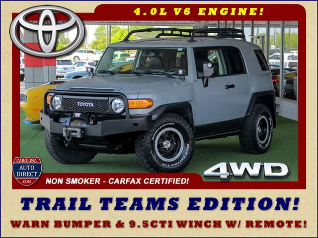 Photo 2013 Toyota FJ Cruiser 4WD Trail Team Editions - LOT OF EXTRA