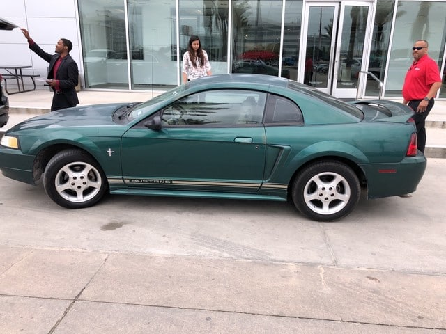 Photo 2000 Ford Mustang Base Coupe