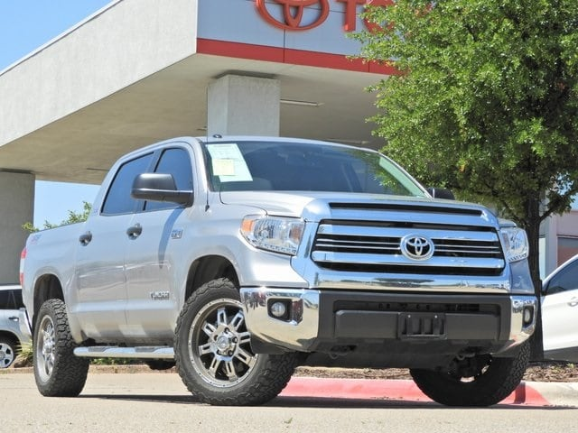 Photo 2016 Toyota Tundra SR5 TSS Edition, Navigatoin Truck CrewMax 4x4 4-door