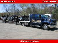2005 GMC C4E042 KODIAK 4500 TRANSPORT TRUCK