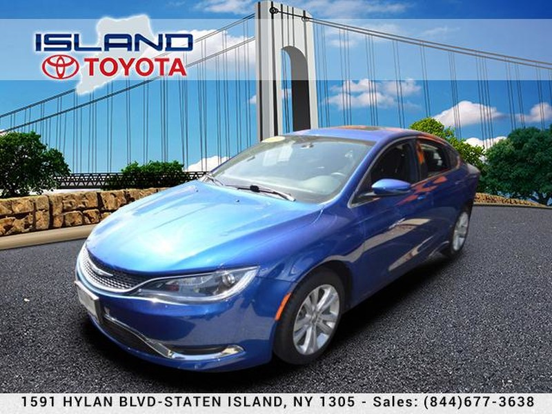 Photo Pre-Owned 2015 Chrysler 200 4dr Sdn Limited FWD SUNROOF LIFE TIME WARRANTY Front Wheel Drive Sedan
