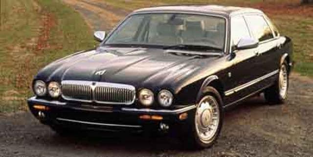 Photo 2001 Jaguar XJ 4dr Sdn Vanden Plas Car