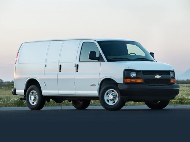 Photo Used 2013 Chevrolet Express 1500 Van for sale in Riverhead NY