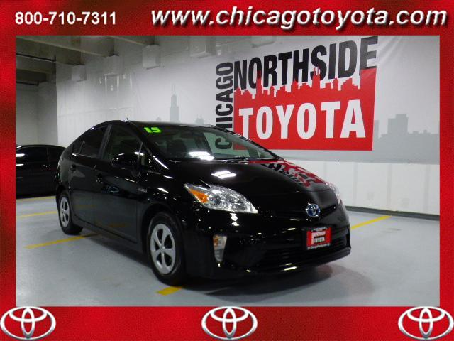 Photo Used 2015 Toyota Prius 5dr HB Three For Sale Chicago, IL