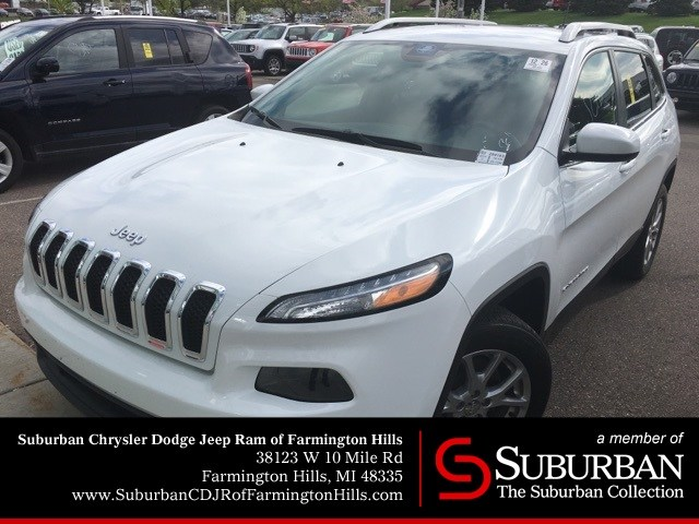 Photo Used 2015 Jeep Cherokee Latitude SUV  Farmington Hills, MI