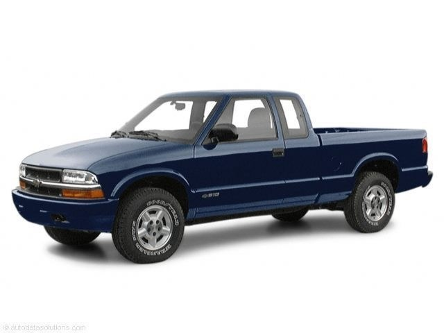 Photo Used 2001 Chevrolet S-10 Truck Extended Cab For Sale Leesburg, FL