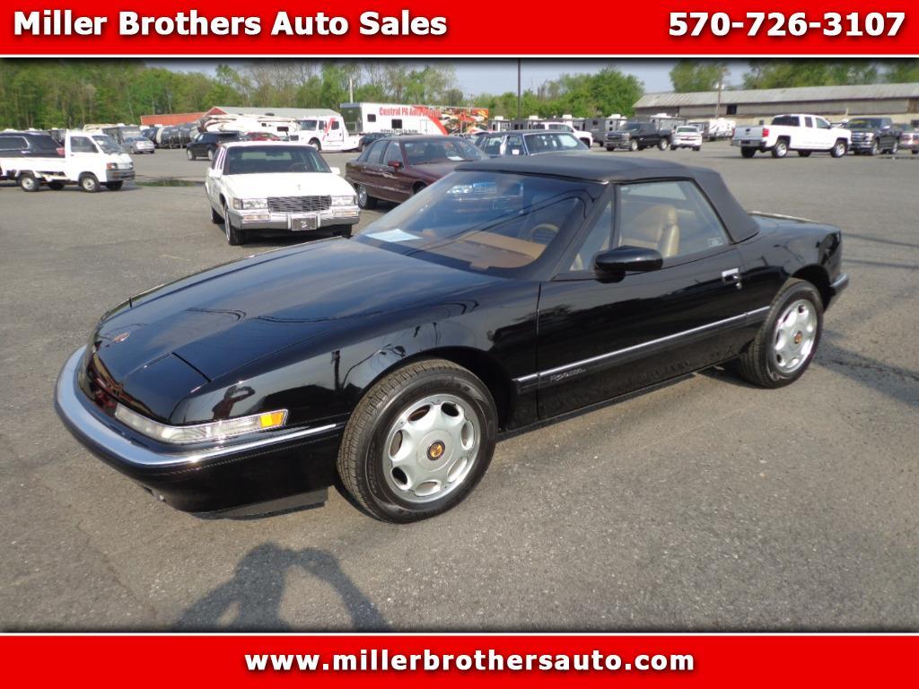Photo 1991 Buick Reatta Convertible