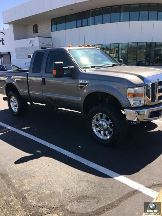 Photo Pre-Owned 2010 Ford Super Duty F-250 SRW XLT in Bridgeport, CT