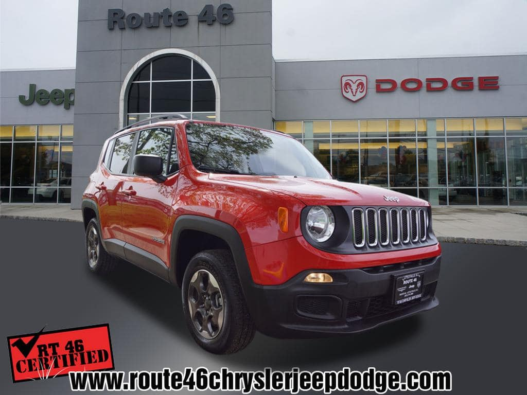 Photo Certified Used 2017 Jeep Renegade Sport 4x4 SUV For Sale in Little Falls NJ
