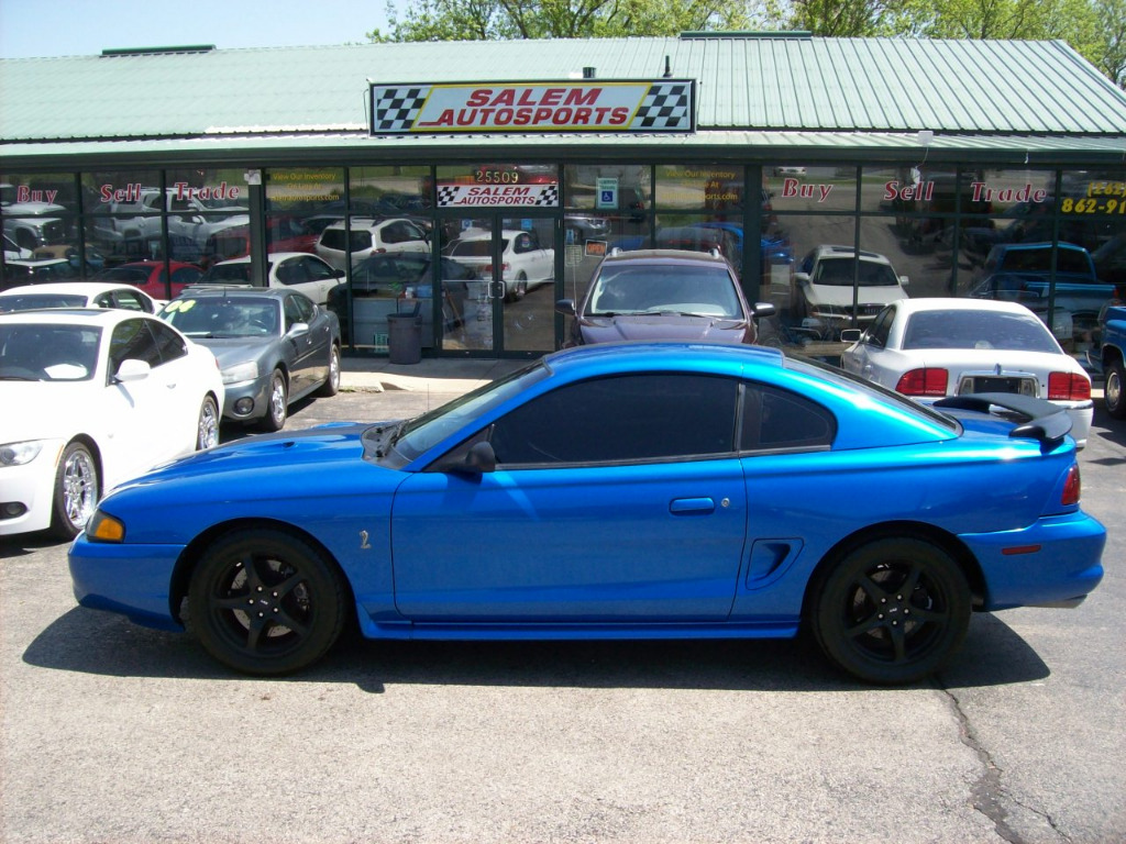 Photo 1998 Ford Mustang 2dr Cpe SVT Cobra
