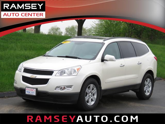 Photo Used 2012 Chevrolet Traverse AWD LT w2LT For Sale near Des Moines, IA