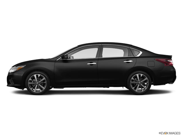 Photo Used 2017 Nissan Altima 2.5 SR Sedan in Fairfield CA