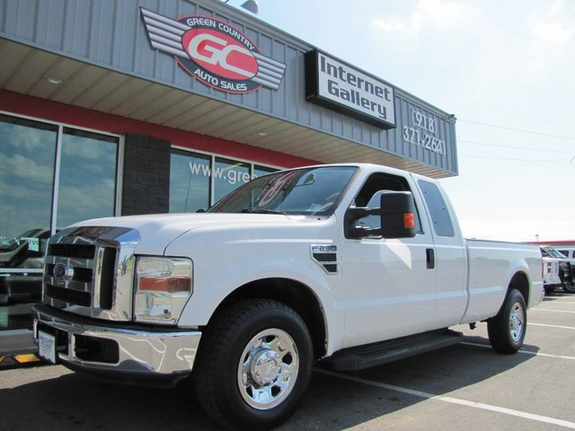 Photo 2009 Ford Super Duty F-250 2wd V10 XLT