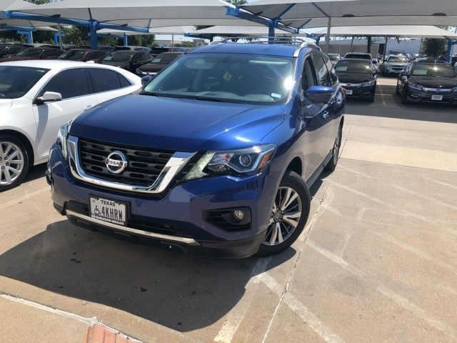 Photo 2017 Nissan Pathfinder SL For Sale Near Fort Worth TX  DFW Used Car Dealer