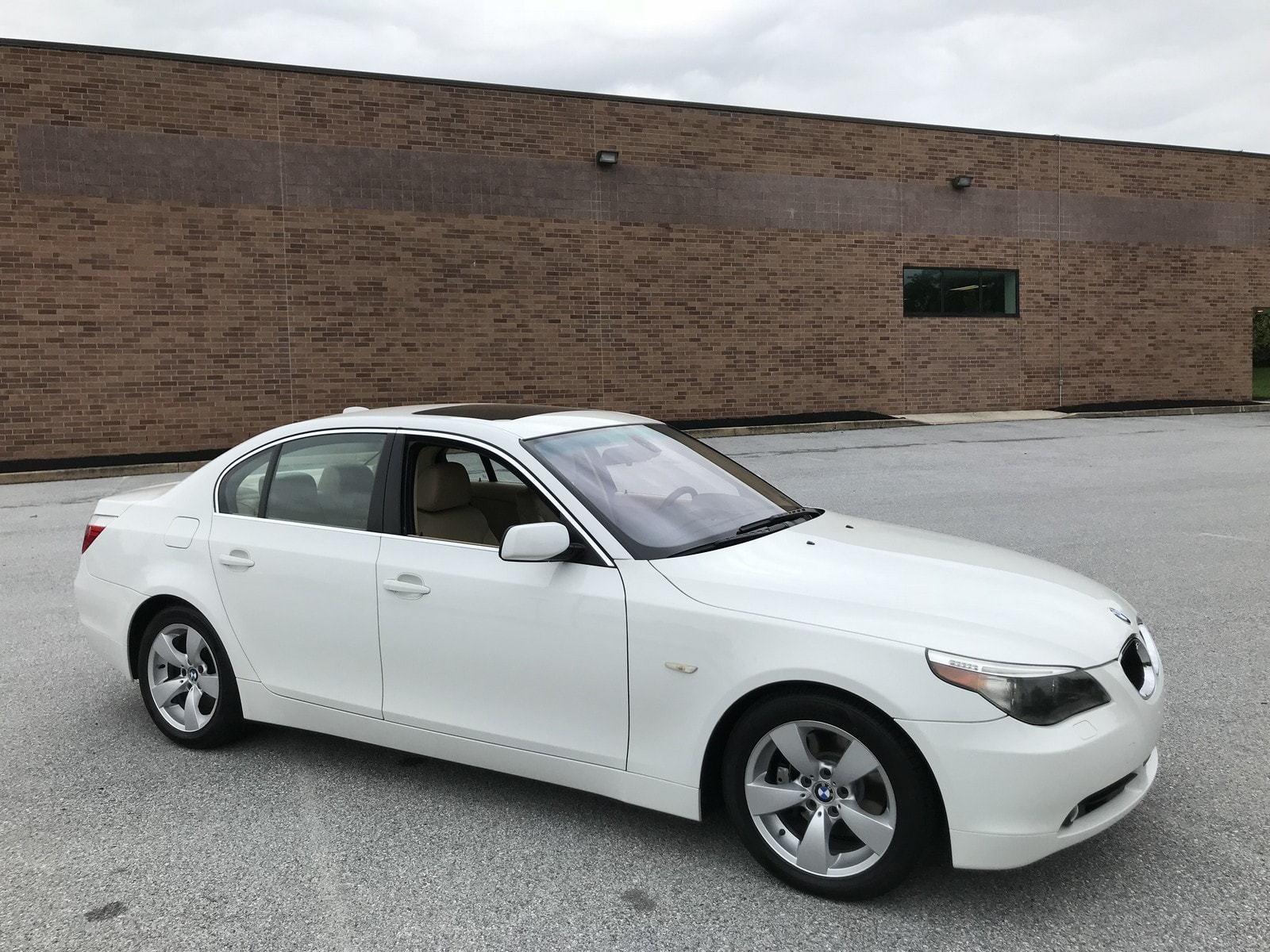 Photo Used 2004 BMW 530i For Sale  West Chester PA