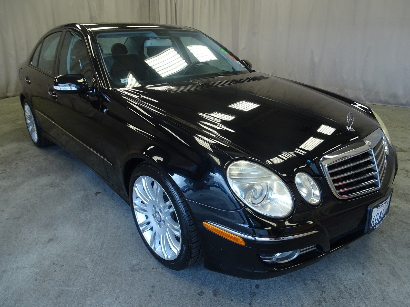 Photo Used 2008 Mercedes-Benz E-Class Base For Sale in Sunnyvale, CA